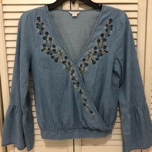 aeropostale blue floral cropped long bell sleeves